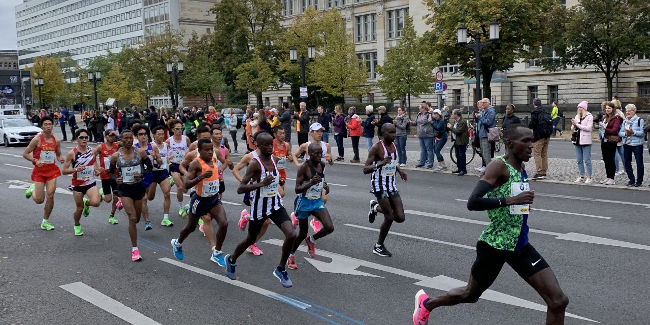 Berlin Marathon – Cheer Squad (Being a supporter)